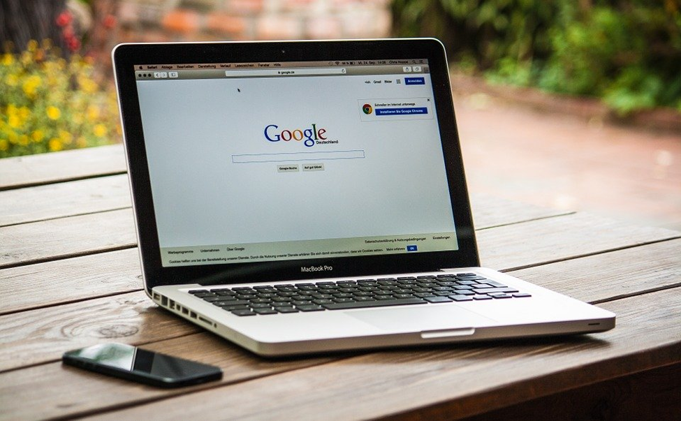 How To Use Google Analytics and Google Search Console for Small Businesses